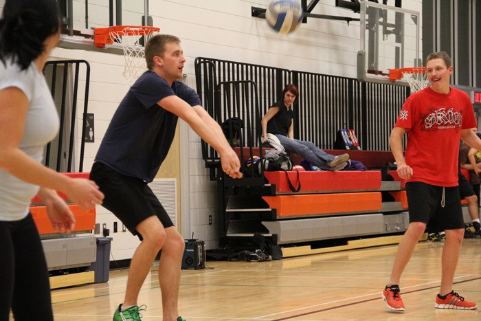 KEN HRYKO OF the Smokin' Aces receives a serve in co-ed volleyball league action with the Comox Valley Sports & Social Club. The Smokin' Aces finished third overall in the A Tier with a 3-2 win over Sets & Violence.