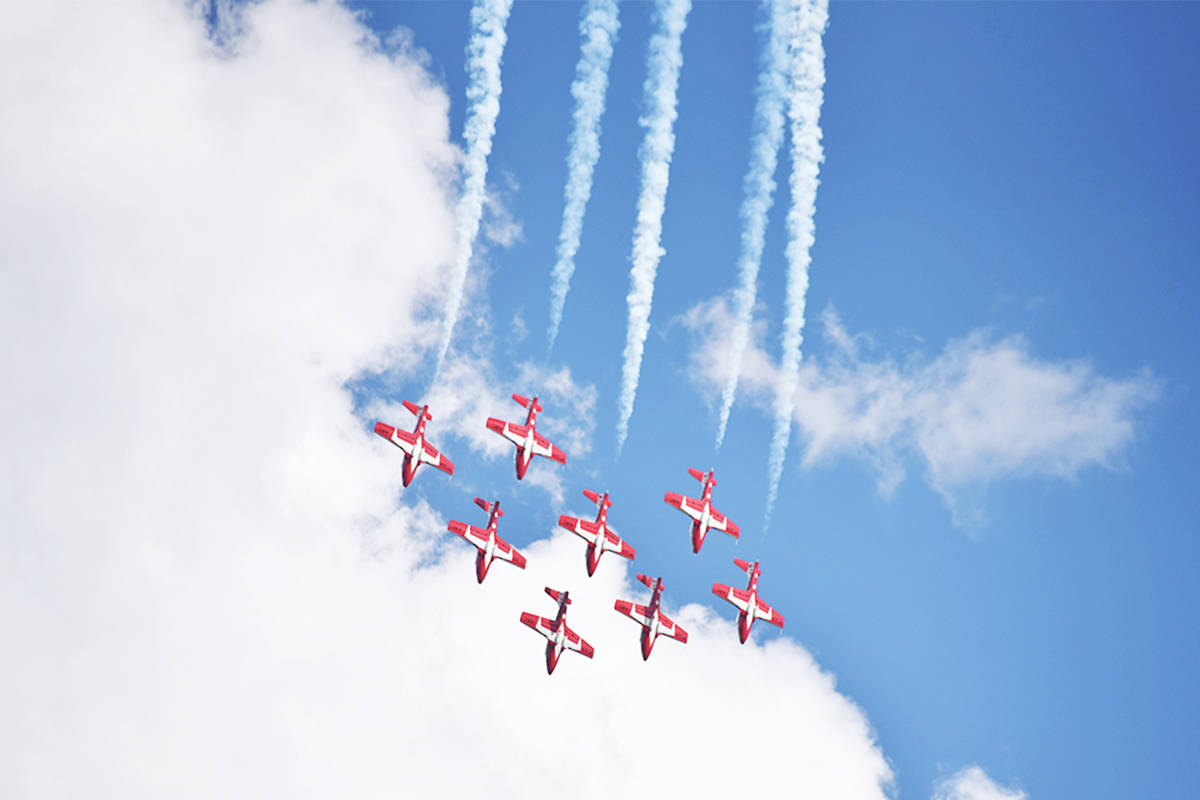 The CF Snowbirds in action. (Erin Haluschak photo)