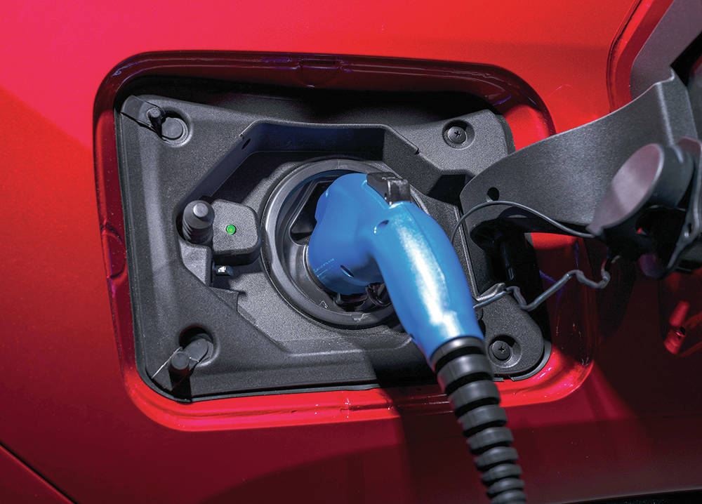 It takes about 4.5 hours using 120-volt household current to fully charge the Prime's battery pack. That gets you a claimed maximum electric range of 68 kms. To use all 302 horsepower requires the assistance of the internal-combustion engine, however. PHOTO: TOYOTA